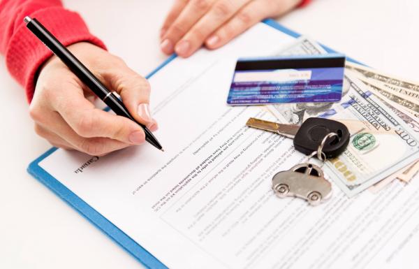 Как правильно заполнить договор купли-продажи, чтобы не лишиться авто и денег