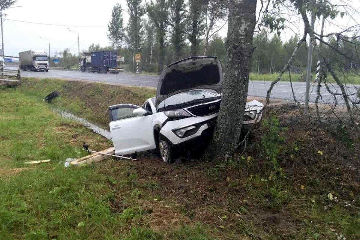 Тип происшествия наезд на препятствие