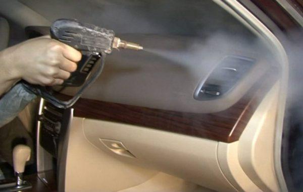 Как самому легко и быстро очистить кондиционер автомобиля