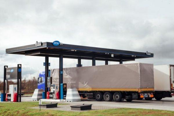 Почему водители не глушат грузовики на заправках, несмотря на запрет