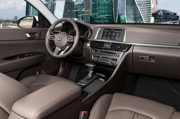 Kia Optima 2019: достойный конкурент Toyota Camry