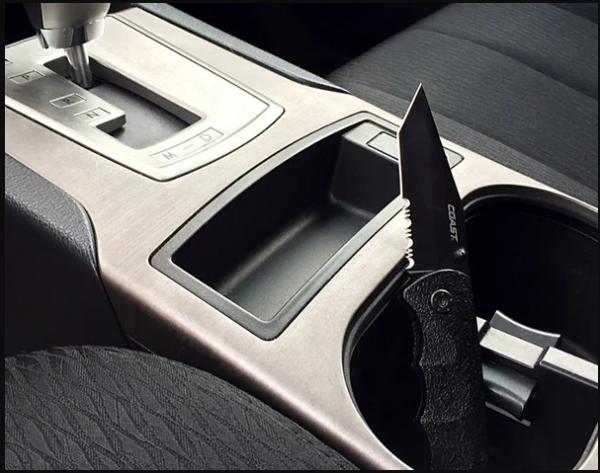 Безопасность водителя: что можно возить с собой для самообороны