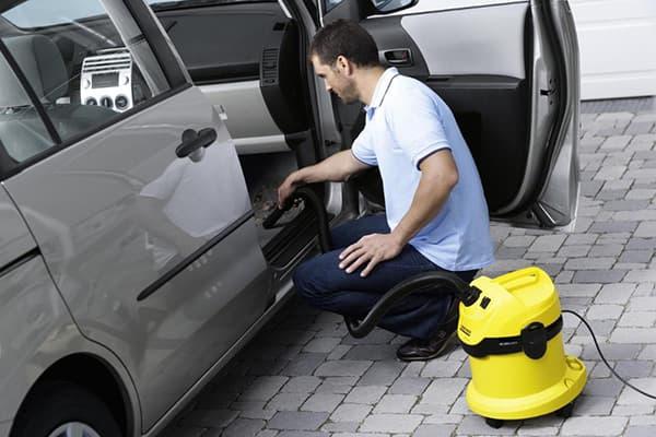 Как выбрать моющий пылесос для химчистки салона автомобиля