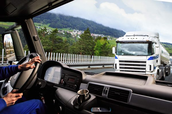 Отказали тормоза на фуре: что делать и как избежать ДТП