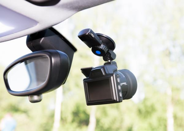 Топ комбо устройств для авто формата 3 в 1: лучшие гаджеты 2019 года