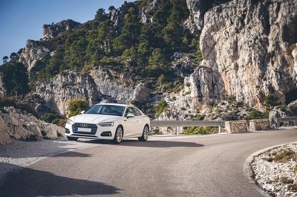 Чем выгодна россиянам покупка авто в Абхазии: порядок действий