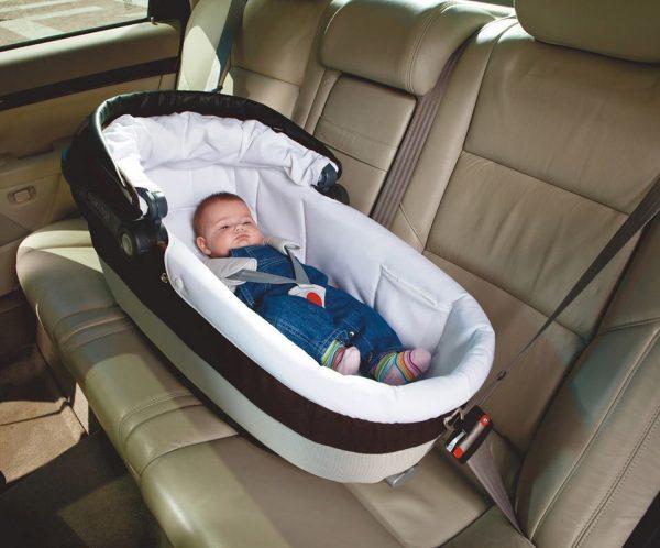 Детское кресло: правила перевозки детей, требования к устройствам и штрафы