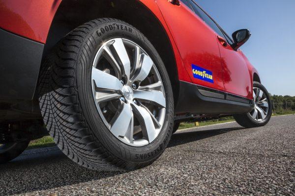 Рейтинг всесезонных шин для легковых автомобилей: топовые модели 2020 года