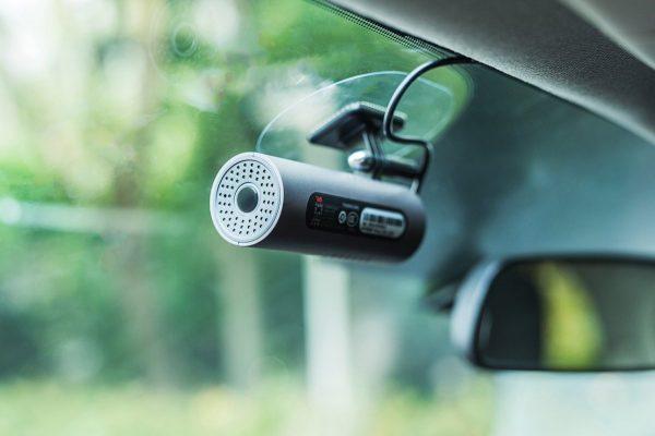 Топ недорогих, но хороших автомобильных видеорегистраторов