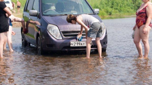 Штрафы за машину у водоема в 2020 году: сумма и как оспорить