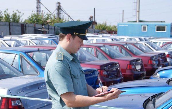 3 способа, как проверить авто на аресты и запреты в ГИБДД и у судебных приставов