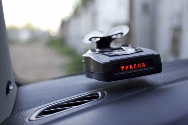 Какой радар детектор лучше купить для автомобиля: критерии и рейтинг 2020 года