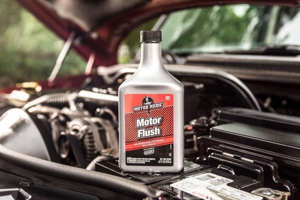 Рейтинг промывочных масел для двигателя: какое лучше, цена