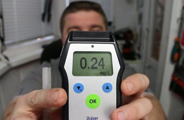 Какая норма алкоголя для водителей в крови и выдыхаемом воздухе: 2020 год